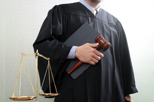 Anayasa Hukuku Pratikleri, İstanbul Üniversitesi Hukuk Fakültesi 2017 Bütünleme Sınavı ve Cevap Anahtarı. Hukuk Sebili aracılığı ile.