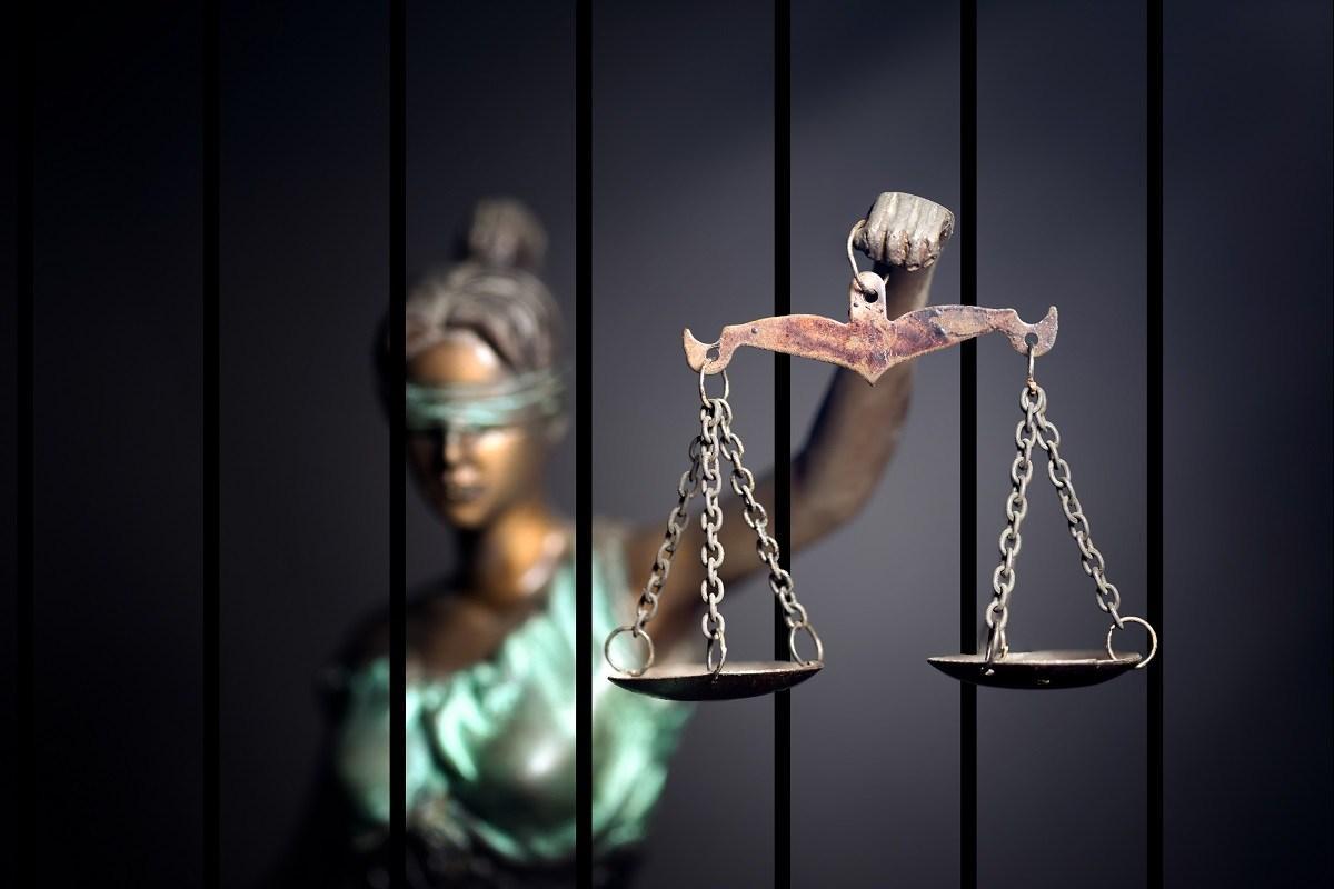 Ekonomihukuk.com tarafından hazırlanmış Ceza Hukuku ders notu. Ceza Geneli baştan sona tekrar etmek için kısa ve öz bir not. Hukuk Sebili aracılığı ile.