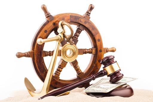 İki dersin tüm konularının bir arada olduğu bu Deniz Ticareti ve Sigorta Hukuku ders notu, iki dersi de çok iyi özetlemiş Hukuk Sebili aracılığı ile.